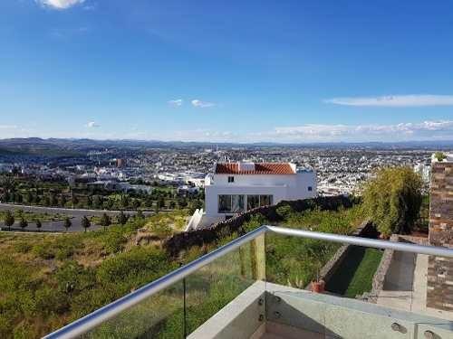 Impresionante Residencia En La Loma Club De Golf En San Luis Potosi.