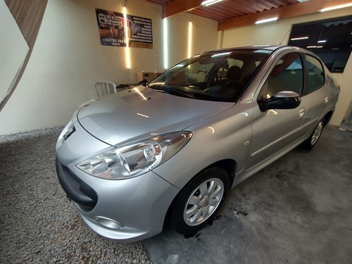 Imagem 1 de 6 de Peugeot 207 2009 1.4 Xr Sport Flex 5p