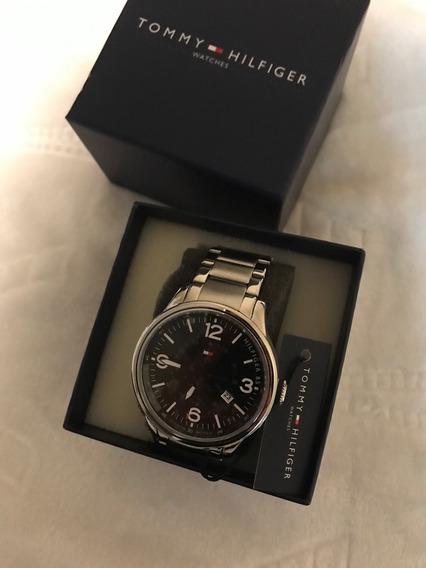 Relógio Tommy Hilfiger Mostrador Preto - Cod 244