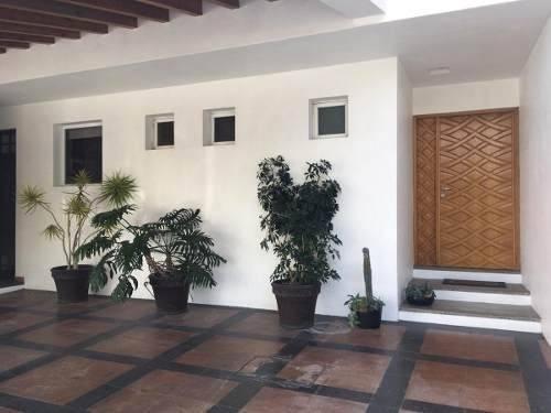 Se Renta Casa En Centro Sur, Claustros Del Sur.. 4 Habitaciones, Amueblada!