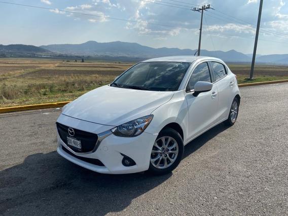 Mazda 2 I Touring Automatico 2016