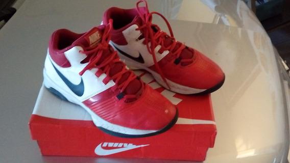Ténis Basqueteira Nike.