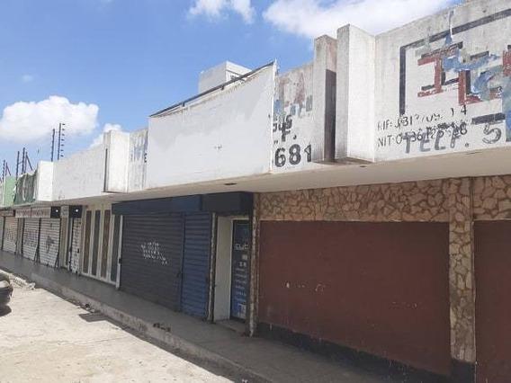Venta Local Comercial En Celio Acosta