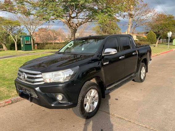 Toyota Hilux Nafta 2.7 Srv 4x2 Cuero