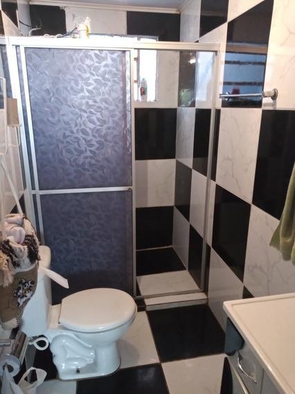 Casa De 4 Quartos E 3 Banheiros