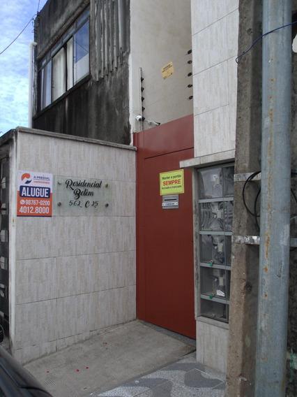 Kitinet Na Avenida Antonio Sales