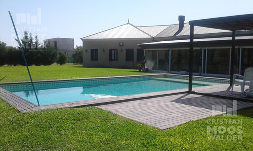Casa Estilo Colonial En Venta En El Canton- Cristian Mooswalder Negocios Inmobiliarios-