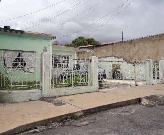 Casa Con Terreno 509mts2 En Maracay Gbf20-20978