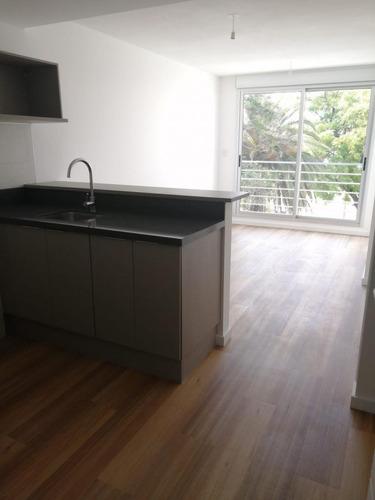 Alquiler Apartamento Un Dormitorio Con Garage La Blanqueada