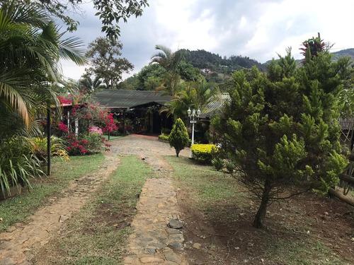Casa Campestre En Venta En Dapa, Yumbo.