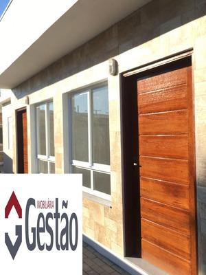 Casa Em Condomínio Com 03 Dormitório(s) Localizado(a) No Bairro Niterói Em Canoas / Canoas - G3133