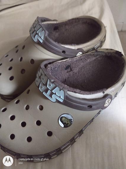 Crocs Invierno Star Wats Talle J3 (34-35)