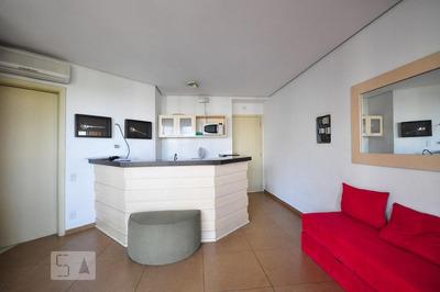 Apartamento No 15º Andar Mobiliado Com 1 Dormitório E 1 Garagem - Id: 892827900 - 127900