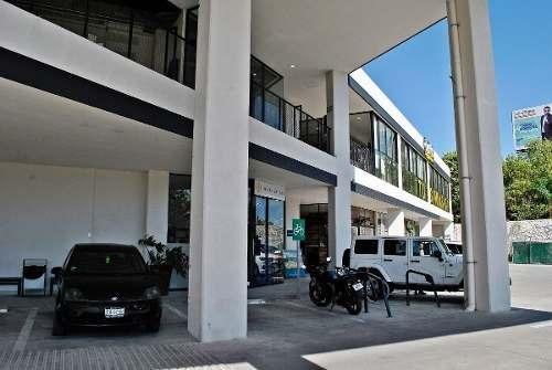 Local Comercial En Plaza Meridiano 103