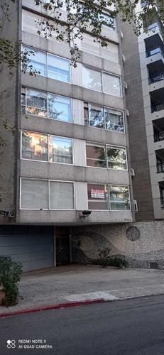 Vendo Apartamento 2 Dormitorios Y Cochera Pocitos Av Brasil