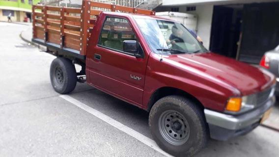 Chevrolet Luv Luv 2300