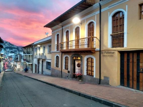 Centro Histórico De Quito. Preciosa Casa 320.000 Negociables