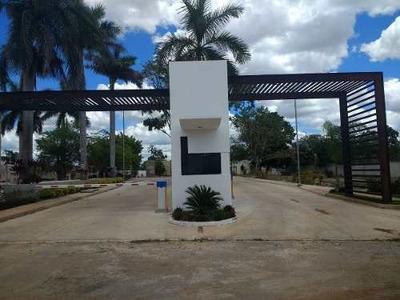 Residencia Lista En Privada, Muy Cerca De Av. Yucatán