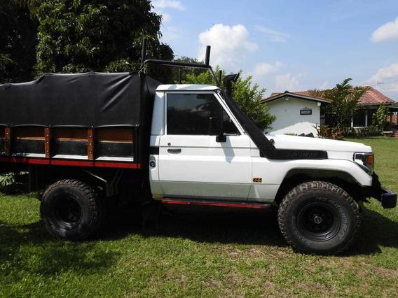 Camioneta Toyota Fjz75 Land Cruiser, Original Carevaca
