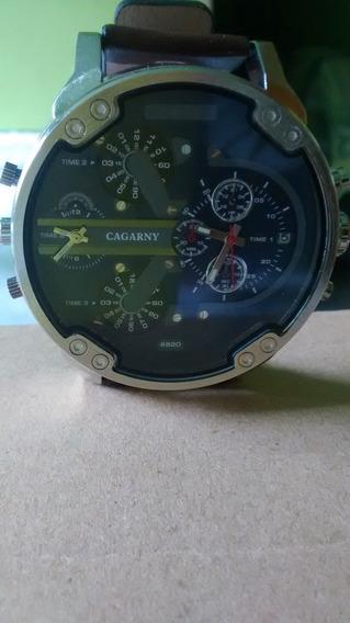Relógio Masculino Cagarny Pulseira De Couro