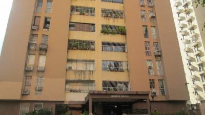 Pet Vendo Apartamento En San Jose De Tarbes Cod# 291805