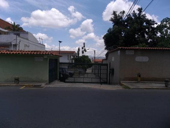 Elys Salamanca Vende Casa En Los Chorros Mls #20-19726