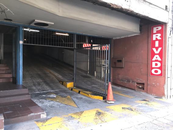 Venta De Garage En Parking Privado Piso Bajo Fácil Acceso