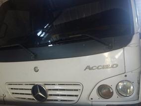 Mercebes-bens Modelo Accelo Mb 715