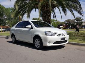 Toyota Etios 1.5 Xs Nuevo! 2015 Permuto O Contado!
