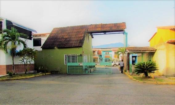 (guth-27) Town House En Parqueserino, San Diego