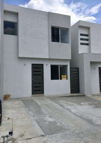 Casa Amueblada En Fraccionamiento Privado En Apodaca