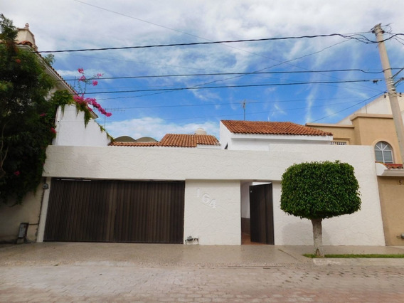 Casa En Renta En Privada Tangamanga Con 4 Habitaciones