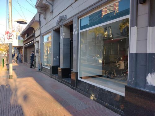 Imagen 1 de 12 de Alquiler De Local En Inmejorable Zona De Tigre. Oportunidad!