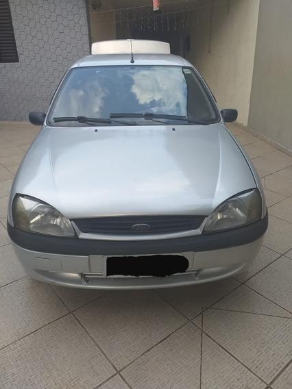 Ford Fiesta Sedan 2001/2002
