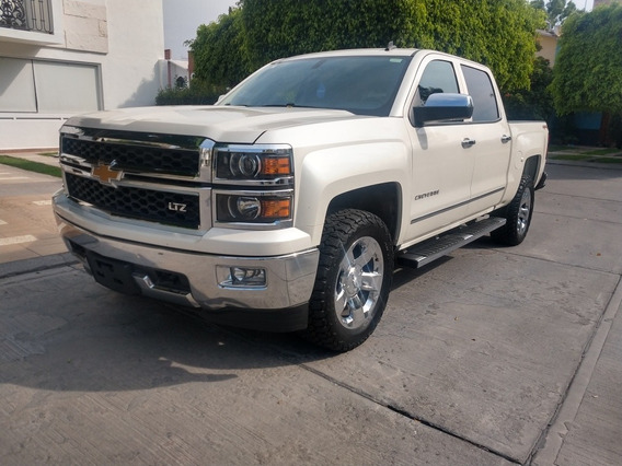 Chevrolet Cheyenne 5.3 2500 Doble Cab High Country 4x4 Mt