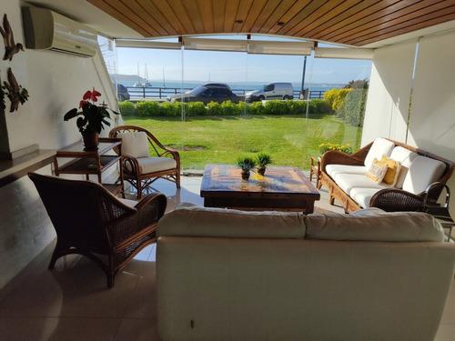 Venta Apartamento 3 Dormitorios En Suite, Península, Frente Al Puerto, Punta Del Este- Ref: 11642