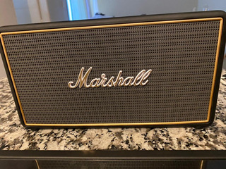 Parlante Bluetooth Marshall Stockwell Bateria 25hs