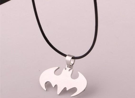 Colar Cordão Batman Pingente Cadeia De Couro - Frete R$9,99
