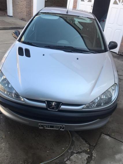 ¡vendo Peugeot 206! ¡69.000 Kilometros! Año 2012