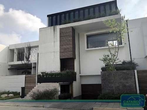 Titanio, Casa En C.h. En Venta