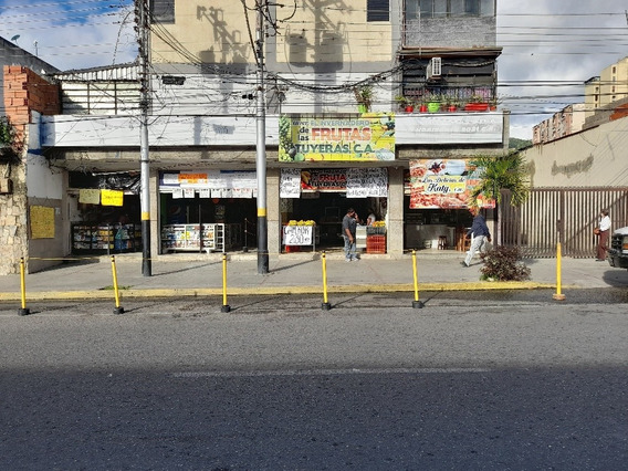 Se Transpasa Y Se Alquilan Locales Y Galpon De 600 Metros