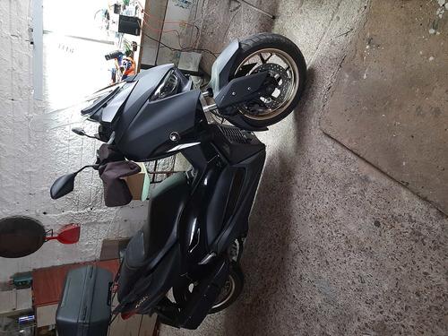 Imagem 1 de 1 de Yamaha  X Max