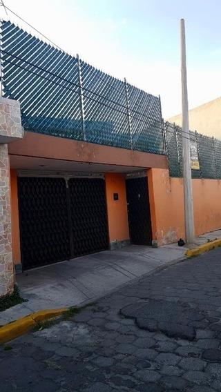 Amplia Casa Remodelada, Amplias Áreas, Centrica En Toluca, Uaem Y Hospitales