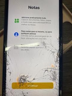Celular iPhone 11 Com Tela Trincada