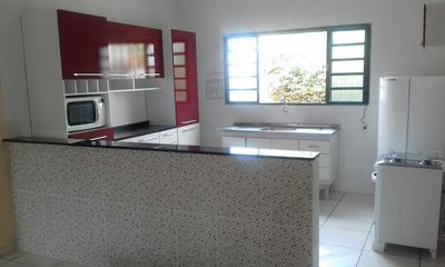 Casa Com 2 Quarto, Sala, Cozinha, Banheiro, Garagem 1 Carro