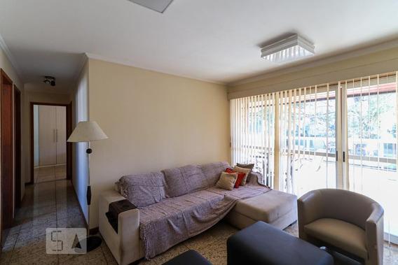 Apartamento No 3º Andar Mobiliado Com 2 Dormitórios E 2 Garagens - Id: 892945998 - 245998