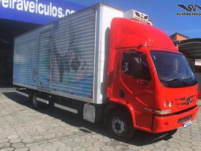 Mercedes Benz Accelo 815 - Ano: 2014 - Baú Refrigerado