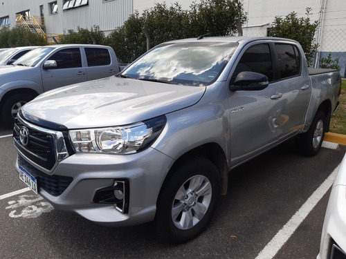Toyota Hilux 2.8 Cd Sr 177cv 4x4 2020