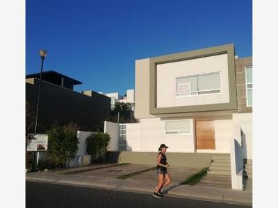 Casa Sola En Renta Cumbres Del Lago (juriquilla)