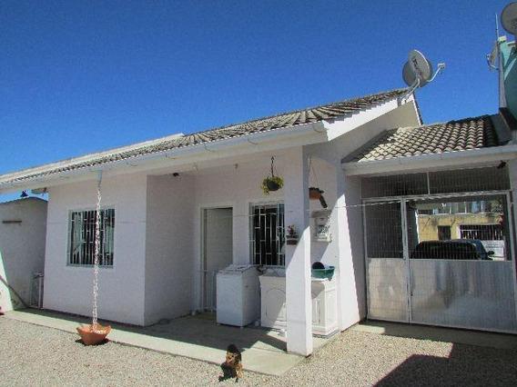 Financiável, Casa De Dois Dormitórios Sendo Um Suíte Em São Sebastião - Palhoça Sc - Ca0658